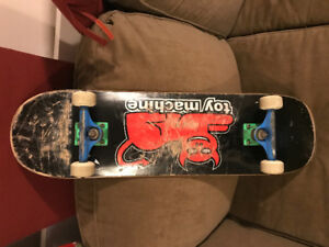 Skateboard for sale. Complete.