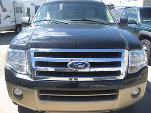 2011 Ford XLT Expedition, 4 x 4 SUV