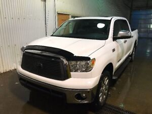 2013 Toyota Tundra Platinum | No Accidents | Low KM | Loaded |