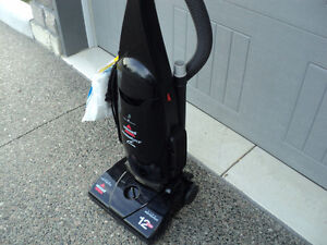 BISSEL POWER-FORCE!! VACUUM & ATTACHMENTS + NEW SET OF BAGS Windsor Region Ontario image 1