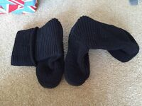 Black UGG boots - cardy style. Size 5