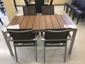 Eagle Outdoor Table