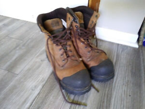Dakota 625 Work Boots Certified Mens 8