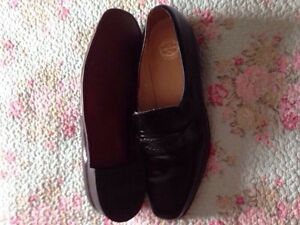 Only! $15 Florsheim size 13 d new all leather