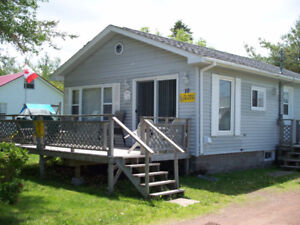 Shediac/Parlee Beach - available Jan 9, 2 bdm winterized cottage