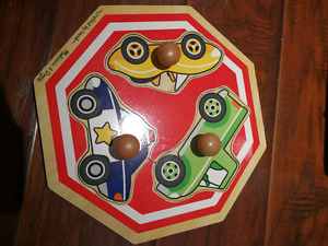Great condition wood puzzle