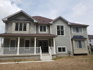 LEASE:   2 Storey Family Home minutes to the Falls