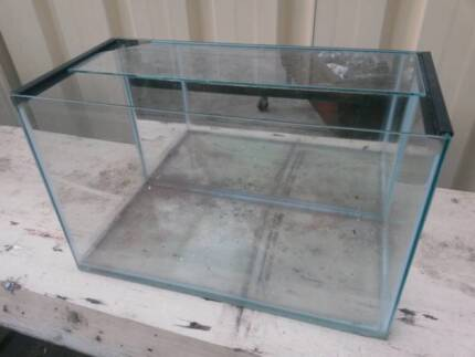AQUARIUM FISH TANK made with glass and MIRRORED BACKING