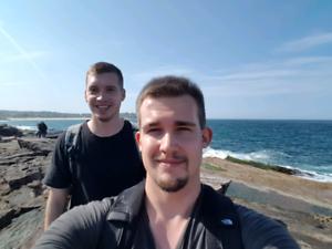 2 german Backpackers keen to work