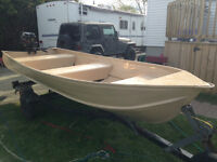 14' Aluminum Boat, 20HP Motor and Trailer Package
