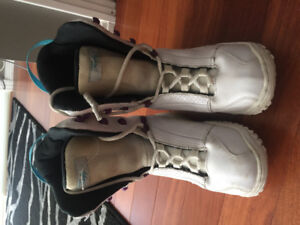 Women's Firefly Snowboard Boots size 7