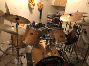 DRUM SET FOR SALE 1500$ WILLING TO TAKE LOWER OFFERS!