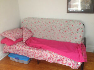 Futon w/ bedding