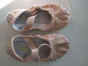 8C toddler ballet slippers worn once, fits regular shoe sizes 6-