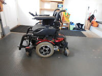 ELECTRIC WHEELCHAIR WITH CHARGER