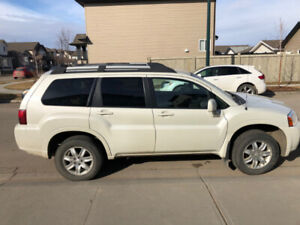 EXTREMELY RELIABLE Mitsubishi Endeavor 2009 AWD