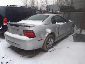 2002 FORD MUSTANG 3.8 L  PARTING OUT