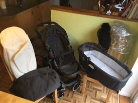Graco evo xt pram and accessories ( HAS to GO)SOLD