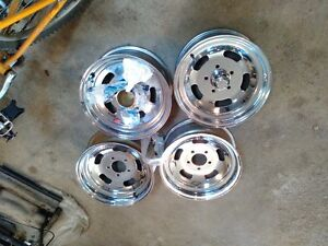 GM Fitment Holley / Mickey Thompson 15x6 (3.5 BS) rims