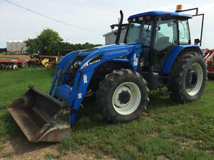 For Sale: 2006 New Holland TM140 Tractor