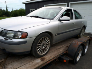 2003 Volvo parts!  Parting out 2003 Volvo S60