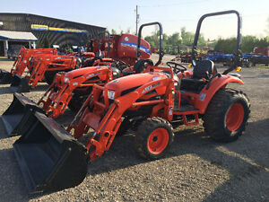 Kioti CK30 Tractor with Loader