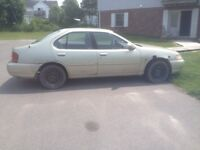 98 Nissan Altima drive it home 600$