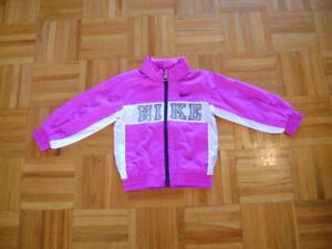 Manteau marque Nike de printemps(coupe-vent) pour 2-3ans et demi