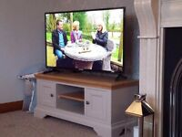 49-Inch 1080p Full HD LED TV in great condition