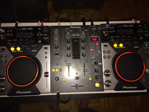 Pioneer CDJ 400 both, with DMJ 400 Mixer