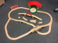 Wooden Thomas the tank engine track & accessories