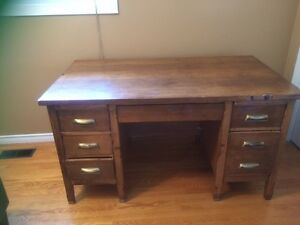 Solid Wood Double Pedestal Desk**SOLD PPU SUNDAY