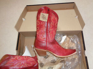 womens HARLEY DAVIDSON cowboy boots ( brand new )