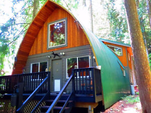 Outdoor Lovers' Freehold Dream Home - Mountains + Trees -C11