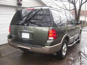 2004 Ford Expedition eddie bauer VUS