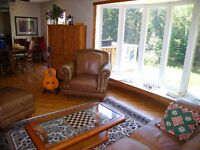 VICTORIA BEACH, MANITOBA - FULLY FURNISHED 3 BEDROOM