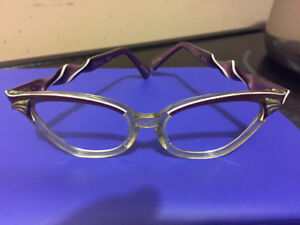Vintage Victory cat eye glasses.  1962. Size 5 1/4.
