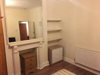 Nice Bright and Spacious Double bedroom in Fulham