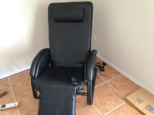 RECLINER CHAIR WITH VIBRATOR AND HEAT