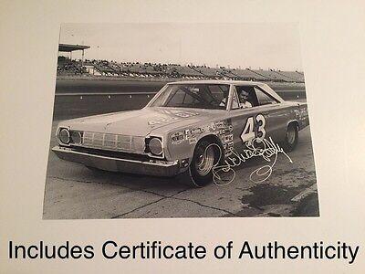 Richard Petty Nascar Legend Hand Signed 8x10 Photo AUTO COA