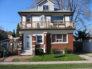 3 Bedroom + Den  Main Floor Apt.  Beautiful East End Hamilton !!