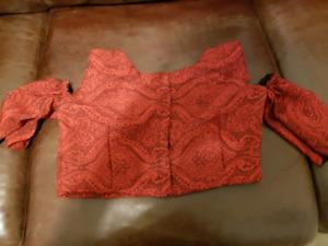 Saree blouse stitching