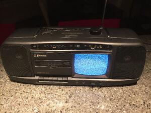 Mini télé avec radio cassette