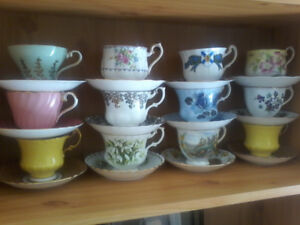Set of 20 high end teacups with saucers flawless