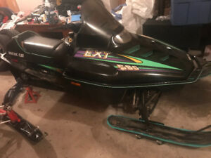 2001 Polaris 700 xpsp, 1994 580 ext