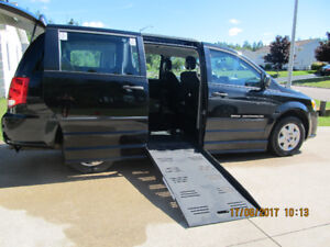 Wheelchair Accessible 2013 Dodge Grand Caravan Braun Companion