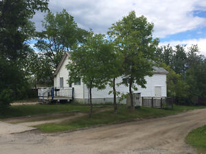 Starter home - Great Location!
