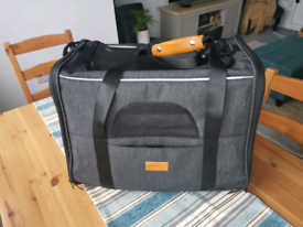 Brand new never used cat carrier