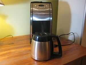 Cuisinart Automatic Grind and Brew