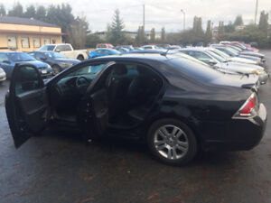 2009 Ford Fusion V6 AWD Sedan (Low KM, One Owner!!)